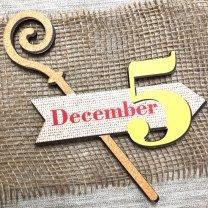 Houten tag met een staf, 5 en December, 15cm
