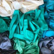 Pakket en handleiding, Geboortekrans Mintkleurige en witte ballonnenkrans