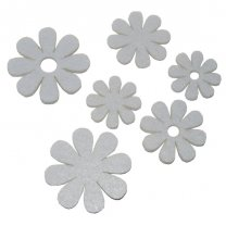 Setje vilten witte bloemetjes, 5,5cm