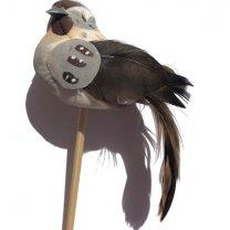 Vogeltje grijs op steker, 10cm