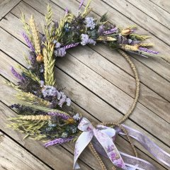 UITVERKOCHT; Pakket; Bohemian krans van droogbloemen, 30cm