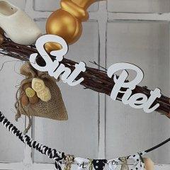 Witte houten teksten 'Sint' en 'Piet' 10cm