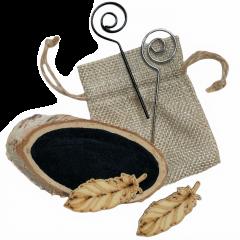 Houtschijf met krijtverf, veertjes en stafjes, 8-9cm