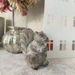 Stenen eekhoorntje 10cm