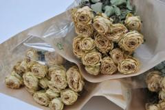 Gedroogde roosjes Oud roze, 3 bossen